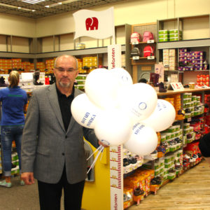 2011-10-22 akcja charytatywna Ciepłe buty na zimę 150 par! (7)