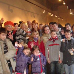 2010-12-19 akcja charytatywna Mikołaj dzieciom (6)