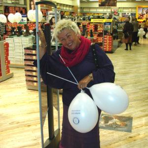 2011-10-22 akcja charytatywna Ciepłe buty na zimę 150 par! (6)